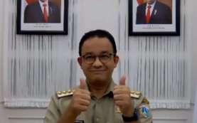 Anies Beri Kartu Jakarta Mahasiswa Unggul (KJMU) ke 10.445 Penerima