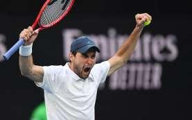 Karatsev Hentikan Teman Sendiri Medvedev di Tenis Italia Terbuka