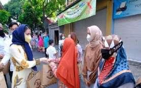 Penampilan Mantu Jokowi Selvi Ananda Berkerudung Biru saat Salat Id Curi Perhatian