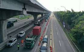 Hari Pertama Lebaran, Polisi Putarbalik 896 Kendaraan di Gerbang Tol Cikarang Barat