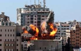 Ancur! Foto Detik-Detik Pengeboman Gedung Al Jazeera oleh Tentara Israel