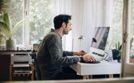 WORK FROM HOME : Trik Aman Bekerja Dari Jarak Jauh