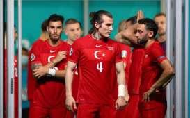 Euro 2020 Grup A: Kalah dari Wales 0-2, Pemain Turki Minta Maaf