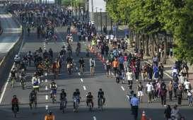 Besok, Polisi Bubarkan Kerumunan Usai Olahraga. JLNT Tertutup bagi Pesepeda