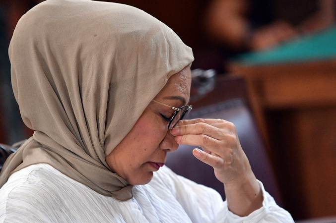 Ratna Sarumpaet Dihukum Dua Tahun Penjara