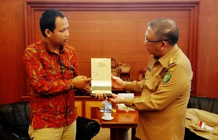 Gubernur Kalimantan Barat Menerima Kunjungan Bisnis Indonesia