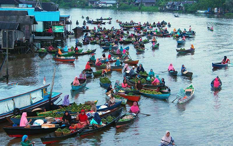 Pedagang Pasar Terapung Lok Baintan Mulai Ramai Bisnis Com