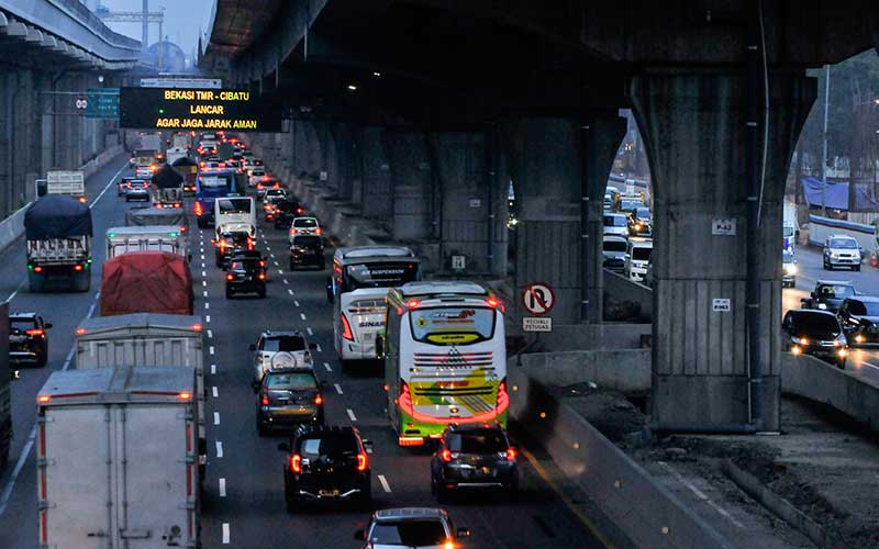 Lalu Lintas Jalan Tol Meningkat saat Libur Panjang Hari Raya Idul Adha 1441 H