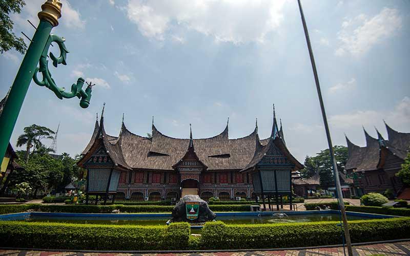 Taman Mini Indonesia Indah Kembali Ditutup Hinga Batas Yang Belum Ditentukan