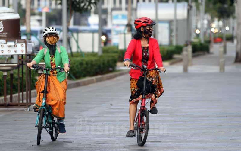 PBI Kampanyekan Gerakan Selasa Bekebaya Dengan Bersepeda