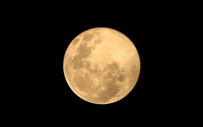 Fenoma Bulan Salju Terlihat di Sejumlah Titik di Indonesia
