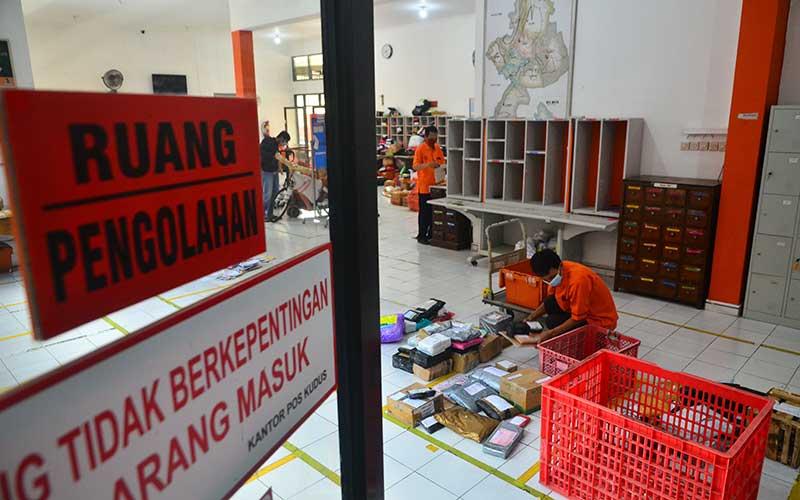 Volume Pengiriman Barang di PT Pos Indonesia Meningkat Jelang Lebaran