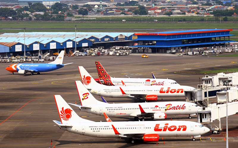 Parkir Pesawat Komersil Penuh Saat Penerapan Larangan Mudik Lebaran