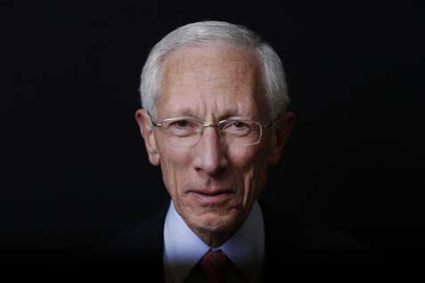 Kandidat  Wakil Ketua The Fed  Stanley Fischer - Bloomberg