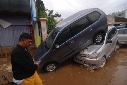Banjir Bandang Manado - Antara