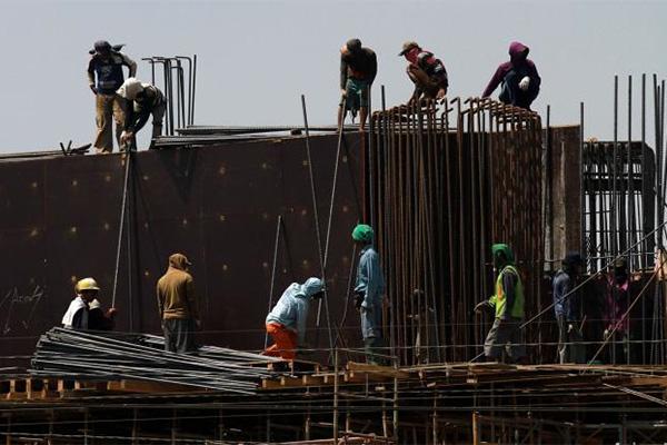 Pekerja informal di sektor konstruksi. - Bisnis