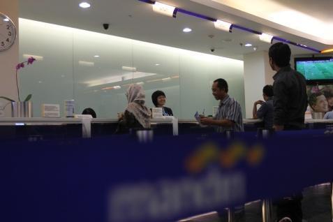 Layanan Bank Mandiri - Bisnis