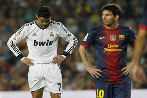 Lionel Messi (kanan) dan Cristiano Ronaldo - Reuters
