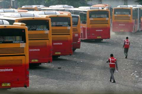 BPPT tidak hanya melakukan pengujian Transjakarta, namun juga terlibat dalam spesifikasi teknis bus articulated single maupun medium.  - bisnis.com
