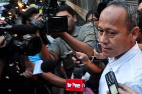 Deddy Kusdinar Dikerumuni Wartawan Usai Disidang - Antara