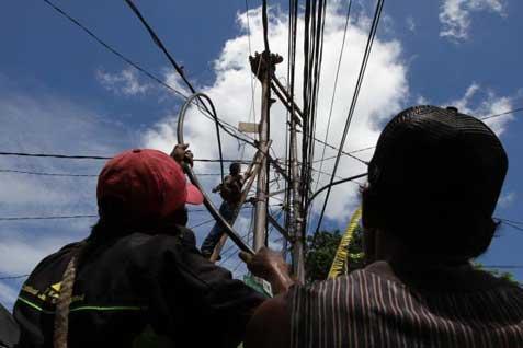 PLN Bali menargetkan rasio elektrifikasi bisa mencapai 80%.  - bisnis.com