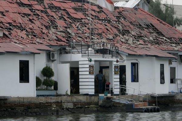 Gudang amunisi milik Komando Pasukan Katak di pulau Pondok Dayung
