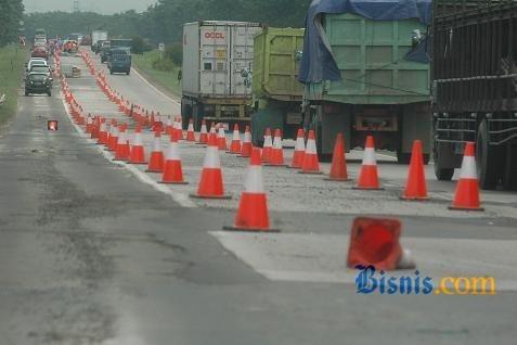 Hingga 2015, DPU Dumai menargetkan perbaikan dan peningkatan insfrastruktur ruas jalan kondisi baik sepanjang 1.074 kilometer dari total panjang keseluruhan 1.845 kilometer.  - bisnis.com