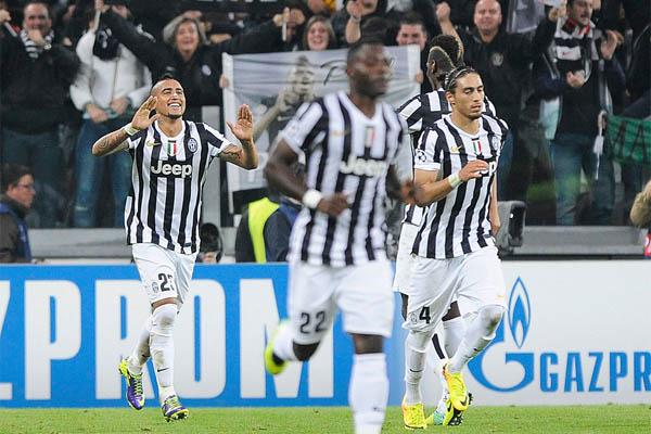 Pemain Juventus merayakan gol - Reuters