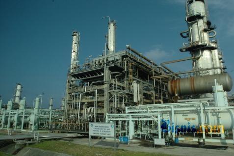 Pabrik di China didukung oleh pemerintah daerah dan pabrik pengolahan terbesar China yang dikendalikan negara, Sinopec Corp.  - bisnis.com