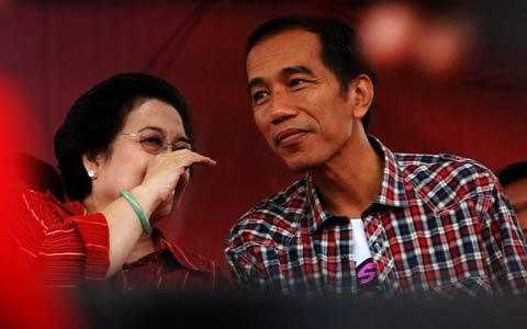 Jokowi (kanan) bersama Megawati Soekarnoputri