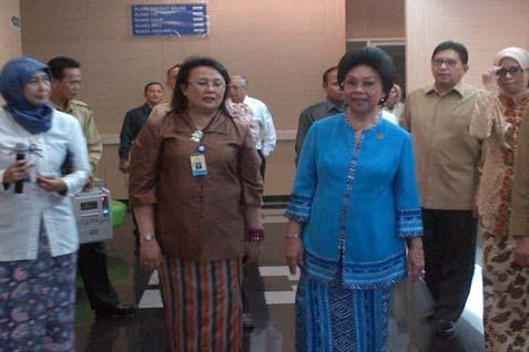 Menteri Kesehatan Nafsiah Mboi meresmikan tiga layanan baru RS Fatmawati, Senin (1/4/14) - JIBI/Rahmayulis Saleh