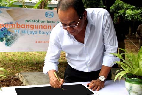Dirut PT Wijaya Karya Tbk Bintang Perbowo. Terpilih sebagai Ketua Asosiasi Kontraktor Indonesia periode 2014/2017