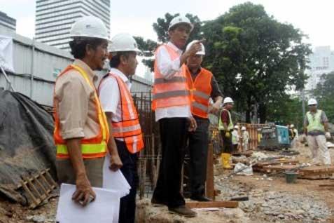 Gubernur DKI Joko Widodo meninjau proyek MRT - JIBI