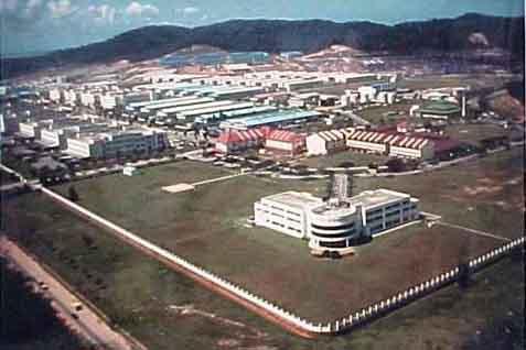 lahan untuk kawasan industri di Surabaya atau SIER sekitar 245 ha dan Sidoarjo Industrial Estate Berbek sekitar 87 ha juga sudah penuh.  - Ilustrasi