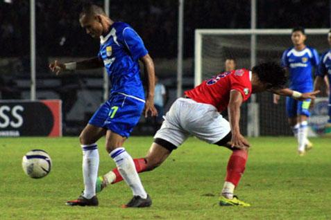 Laga Pelita Bandung Raya Vs Persib - Ligaindonesia