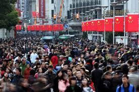 Kegiatan ekonomi China. Pertumbuhan negara berkembang Asia diprediksi melambat - Reuters