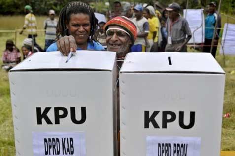 Pengambilan suara di Papua. Yusril sebut Pileg 2014 pemilu terburuk - JIBI