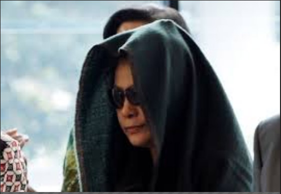 Ratu Rita, istri Akil Mochtar, saat berada di Gedung KPK, Jakarta. - Antara