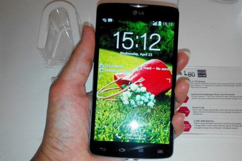 Gambar live LG Optimus L80 dengan Android Kitkat 4.4 - gsmarena