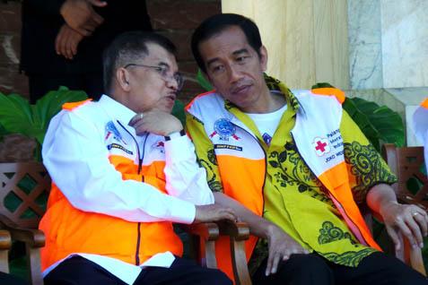 Jusuf Kalla berdampingan dengan Jokowi. Nama cawapres PDIP dimatangkan - JIBI