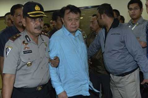 Tersangka Anggoro Widojo saat ditangkap KPK. Eksepsi ditolak jaksa - JIBI