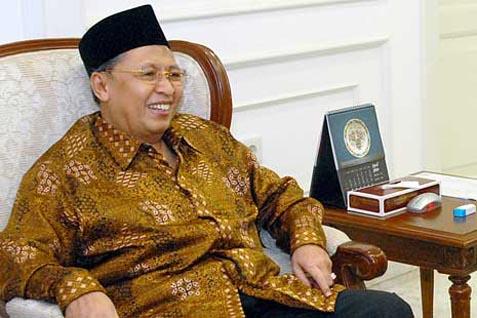 Mantan Wapres Hamzah Haz. Kunjungi Bupati Bogor di Rutan KPK - Kabar24