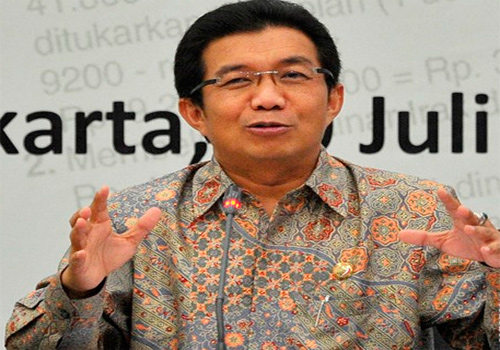 Ketua Dewan Komisioner Otoritas Jasa Keuangan Muliaman D. Hadad