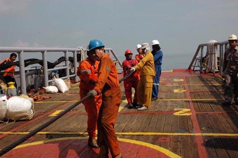 Proyek kabel bawah laut.  Tambahan Pinjaman US993,8 juta ke Jepang Disetujui - PLN