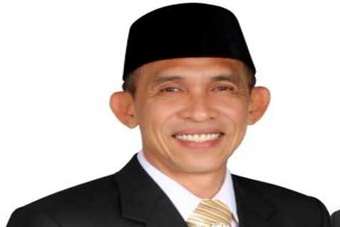 Gubernur Maluku Said Assagaff  - facebook