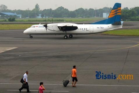 Bandara Husein Sastranegara - Bisnis