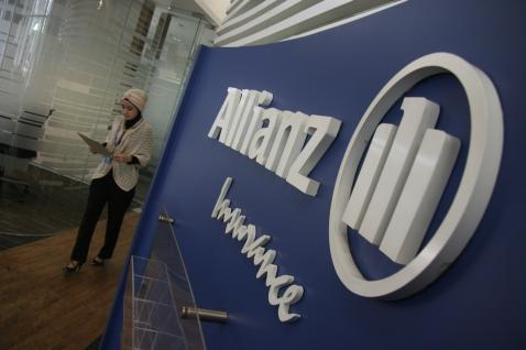Logo Asuransi Allianz. Cetak Laba Bersih Rp664,65 miliar - Bisnis