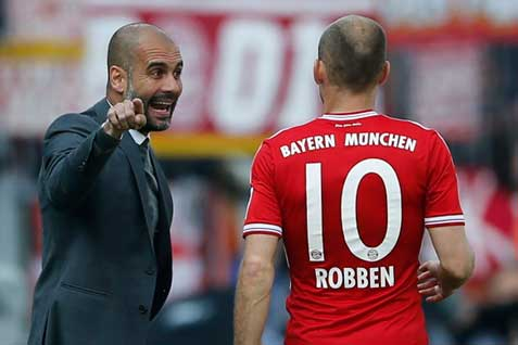 Bayern Munich Pep Guardiola - Arjen Robben - REUTERS