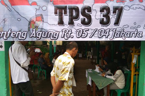 Suasana di TPS 37 Lenteng Agung menjelang coblosan, di Jakarta Selatan, Rabu (15/02/2017). - .Bisnis/Nurul Hidayat