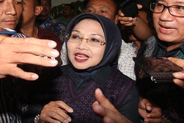 Calon Wakil Gubernur nomor urut dua Sylviana Murni. - Antara